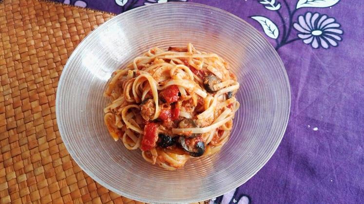 Spaghetti mit Thunfisch Rezept und Oliven
