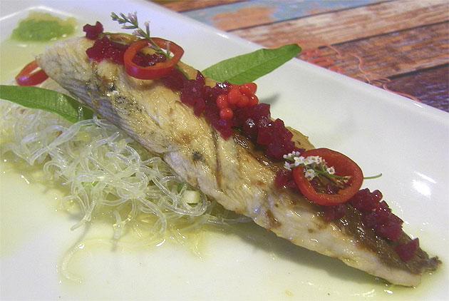 Makrelenfilet in Olivenoel mit Nudeln